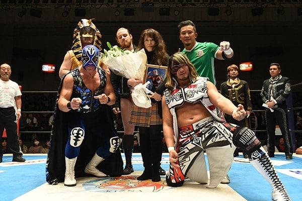 """NJPW/CMLL: Resultados """"Fantasticamanía 2017"""" - 20/01/2017 - Dragon Lee defiende su cetro pero sufre el artero ataque de Hiromu Takahashi 3"""