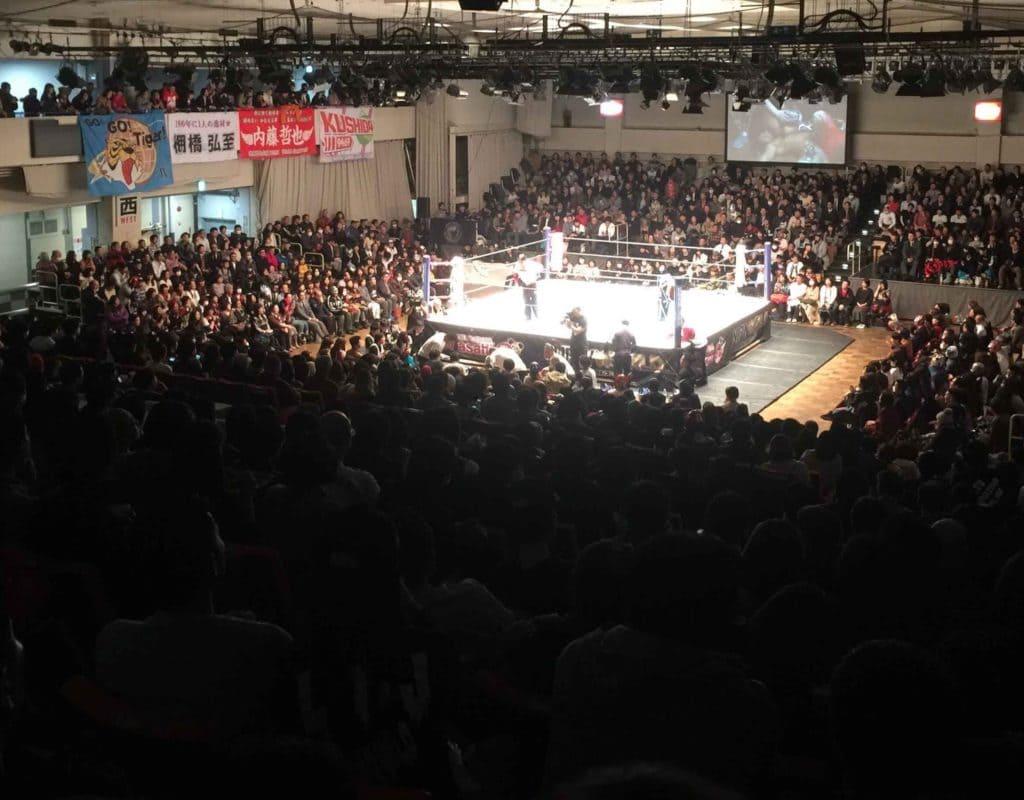 """NJPW/CMLL: Resultados """"Fantasticamanía 2017"""" - 20/01/2017 - Dragon Lee defiende su cetro pero sufre el artero ataque de Hiromu Takahashi 2"""