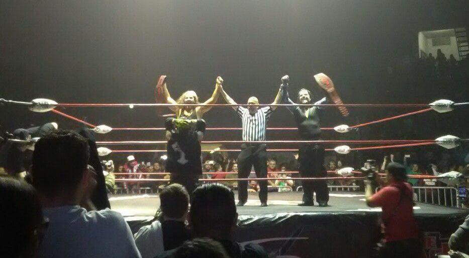 Resultados Impact Wrestling (16-feb-2017) The Hardys son los nuevos campeones en parejas de The Crash 5