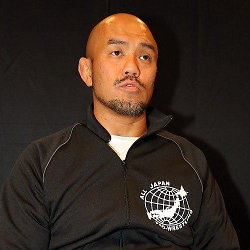 FMW vs. AJPW: Atsushi Onita y Jun Kasai se confrontan por Suwama 2