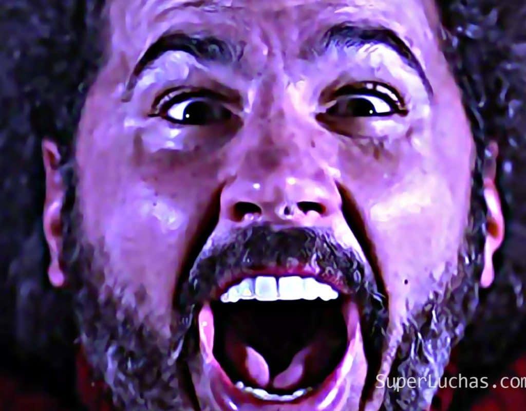 """""""Broken"""" Matt Hardy aparece en House of Hardcore... ¡Pero es emboscado por órdenes de Vince! 4"""