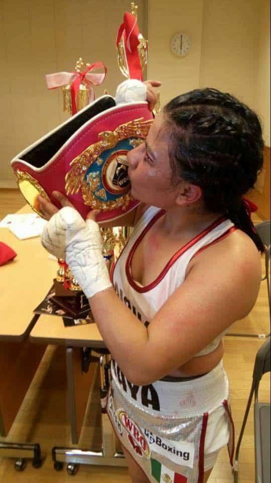 Monserrat Alarcón es la nueva campeona mosca de la OMB 2
