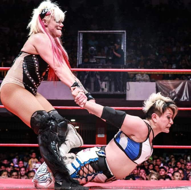 "AAA - ""Soy la luchadora más preparada de todas la luchadoras de AAA Worldwide"": Taya 12"