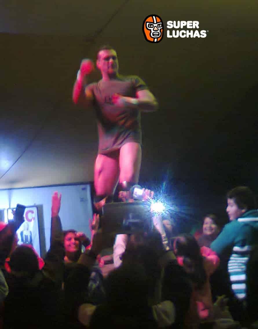 Resultados de FULL en Toluca: Alberto el Patrón, Tinieblas Jr. Cibernético vs. Jack Swagger y los UK Holligans 8