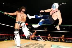 CMLL - Atlantis toma a Rush por los cuernos; Soberano Jr., nuevo campeon Welter 53