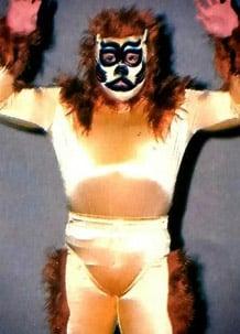 Víctima de cáncer, falleció el Gran Apache, uno de los grandes maestros de la lucha libre 5
