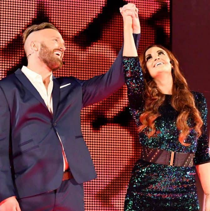 Tras siete años, Maria Kanellis regresa a WWE en Money in the Bank 2017 con su esposo Mike Kanellis (18/06/2017) / WWE©