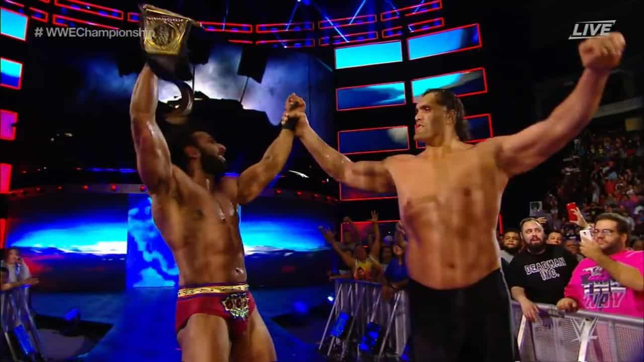 The Great Khali regresó y ayudó a Jinder Mahal a retener el Campeonato WWE 2
