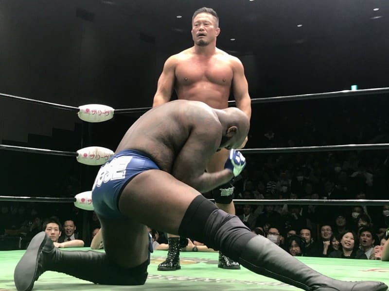 "Pro Wrestling NOAH: Resultados ""Kabuki the Final"" El adiós de Great Kabuki; Kenou destrona a Edwards 8"