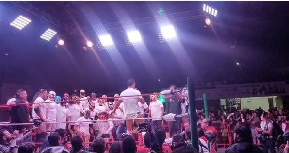 """A pesar de los intentos de boicot, Alberto el Patrón llevó a cabo """"Lucha por ellos"""". 1"""