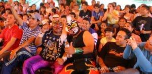 El aficionado a la lucha libre, el motor que mueve a los ídolos 14