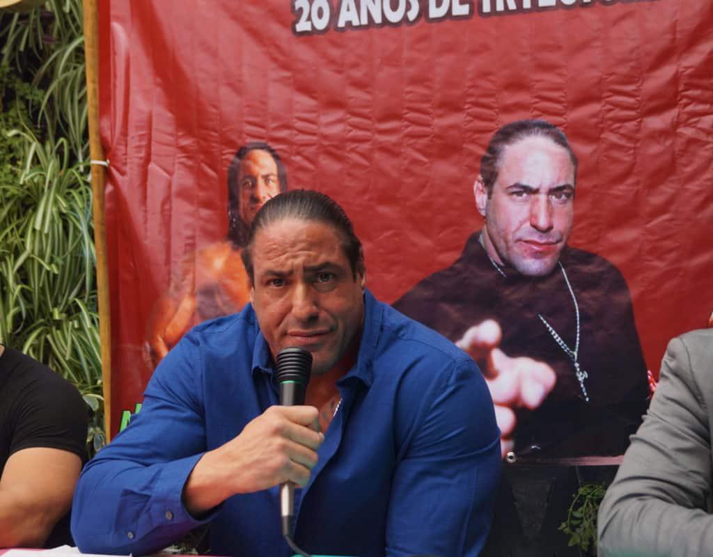 Entrevista: El Mesías habla de AAA, TNA, WWE, Vampiro y mucho más 5