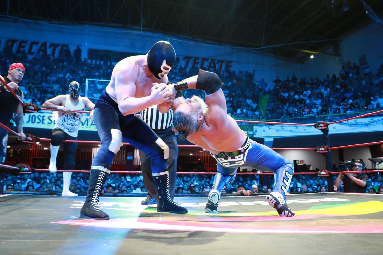 AAA: Gira de Conquista en Monterrey, Wagner sufre con Blue Demon Jr. 28