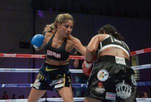 Barby Juárez se mantiene como campeona 3