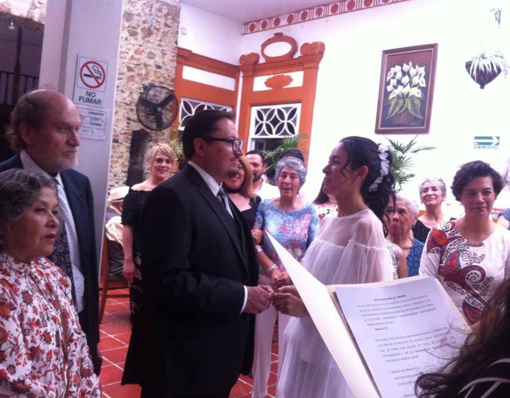 ¡Felicidades a nuestro Editor en Jefe, Ernesto Ocampo por su boda! 4