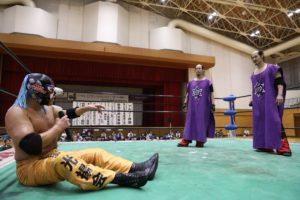 "Michinoku Pro:""Golden Week Series"" Great Sasuke rompe con los Brahman 28"
