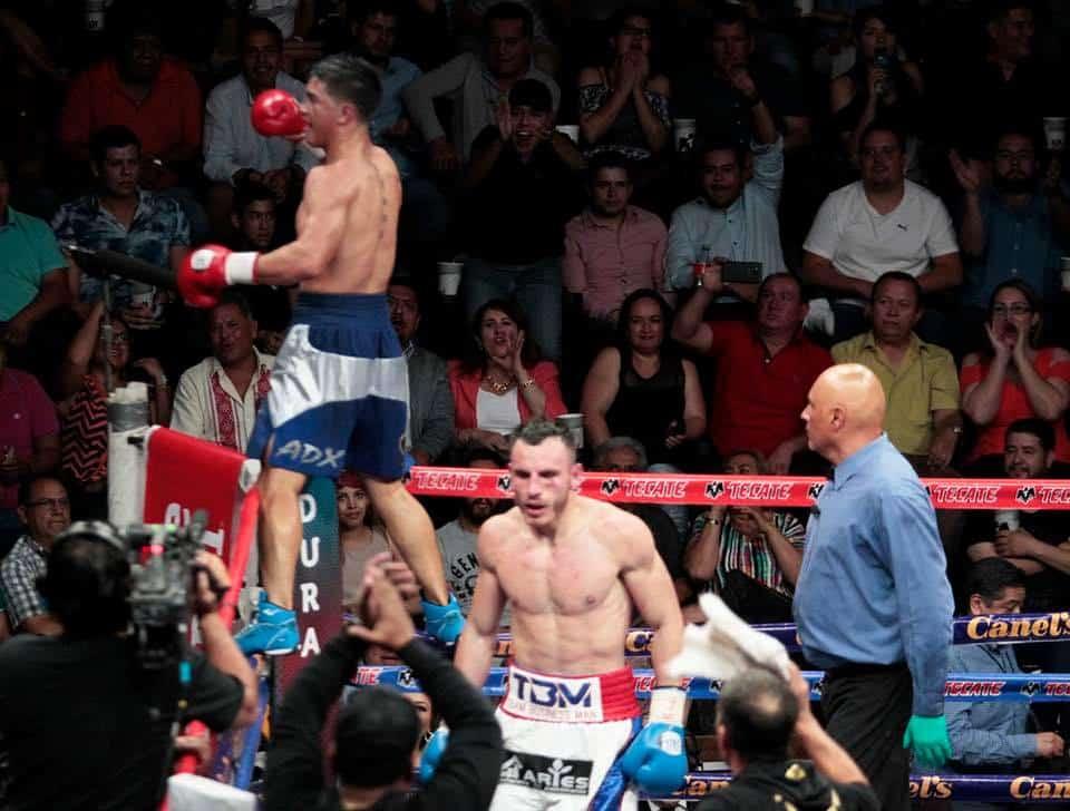 José Paz derrota con autoridad a Omar Chávez 3