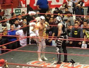 Carístico y Penta Zero M chocan en Tijuana; homenaje a Héctor Garza 7
