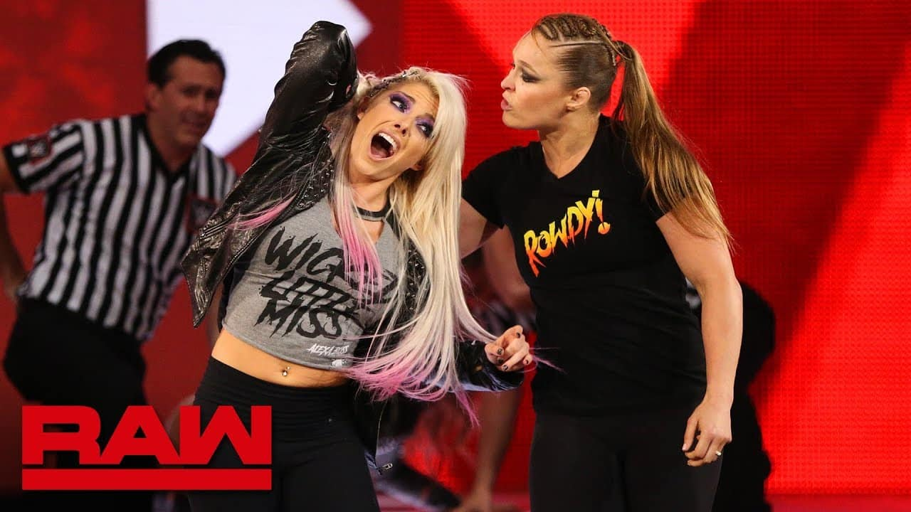 Alexa Bliss responde a Ronda Rousey
