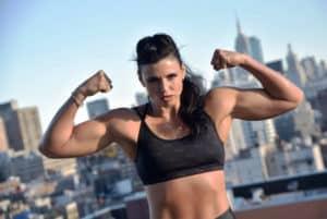 Alicia Napoleon exige un pago justo al boxeo femenil 12