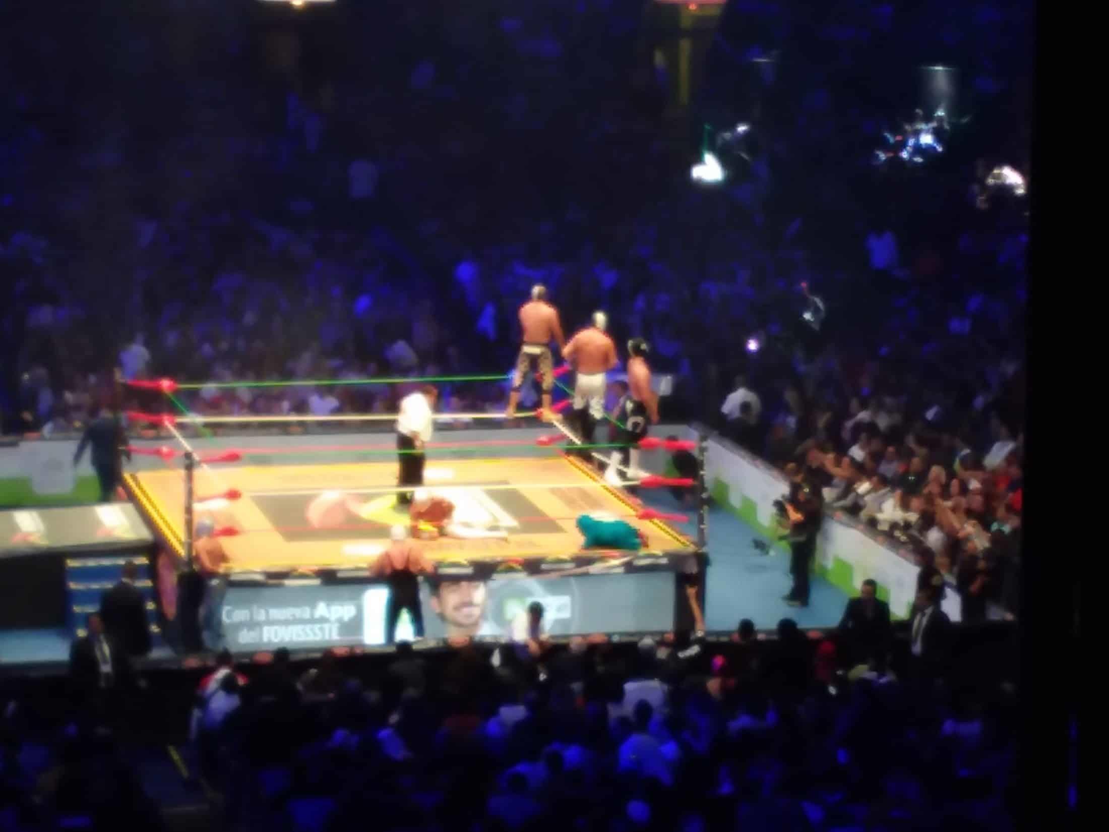 CMLL: 85 Aniversario Volador Jr. y Taven pelones 6