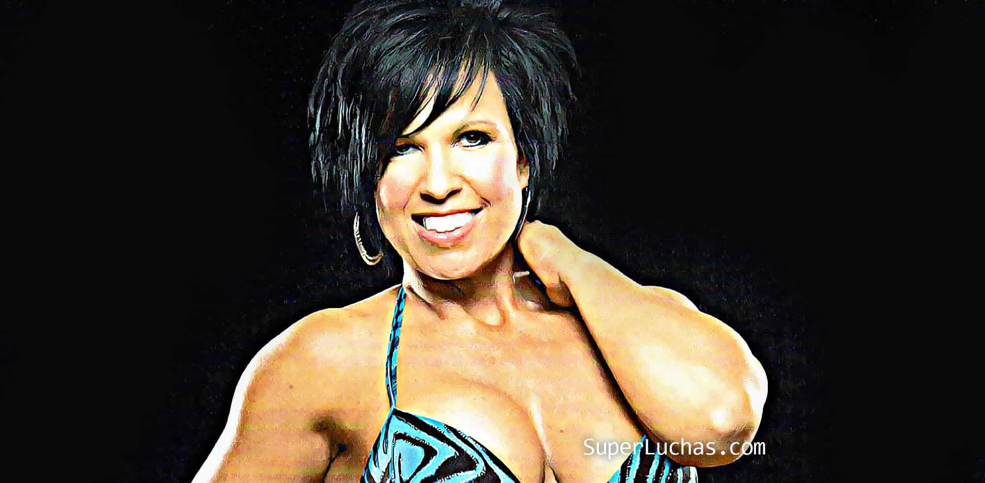 Vickie Guerrero Cougar Necklace ¿Qué Superest...