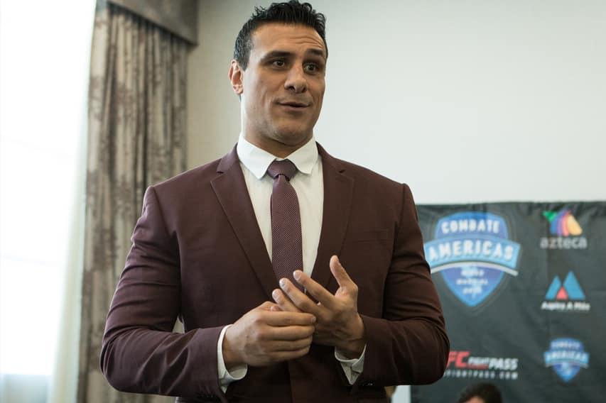 Alberto del Río anunció su regreso a las MMA 3