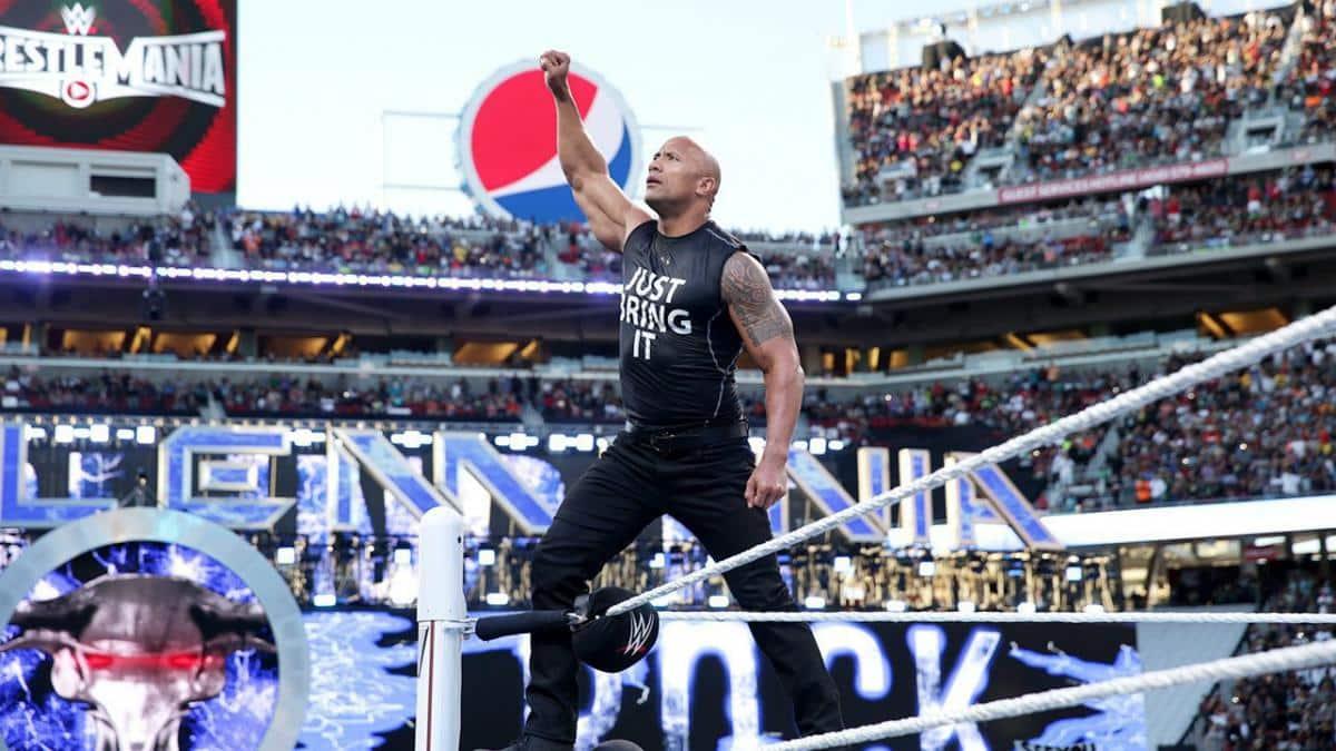 The Rock en WrestleMania 31 (29/03/2015) - WWE The Rock despidió a su padre