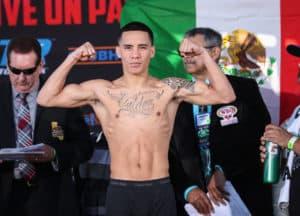 Oscar Valdez dejó su título vacante, sube de categoría 16