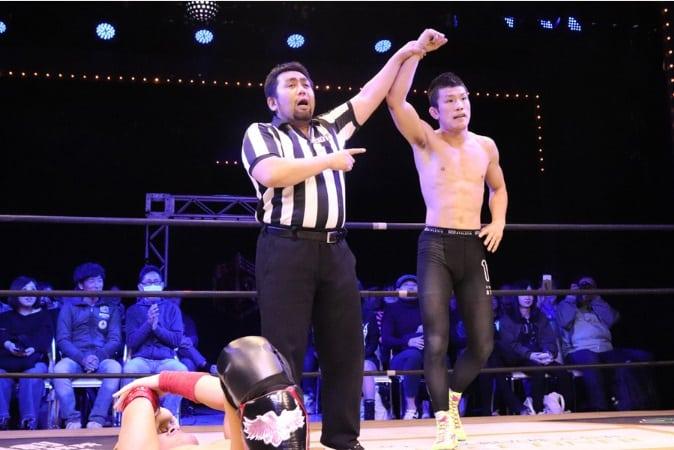 "DDT: ""D-King Grand Prix 2019"" Día 5 Shinya Aoki es doble monarca 1"