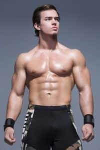 Austin Theory vuelve a hablar de su desafío hacia John Cena 1