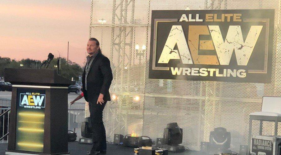 Luchando por los fans: El copresidente de WWE opina de AEW 1