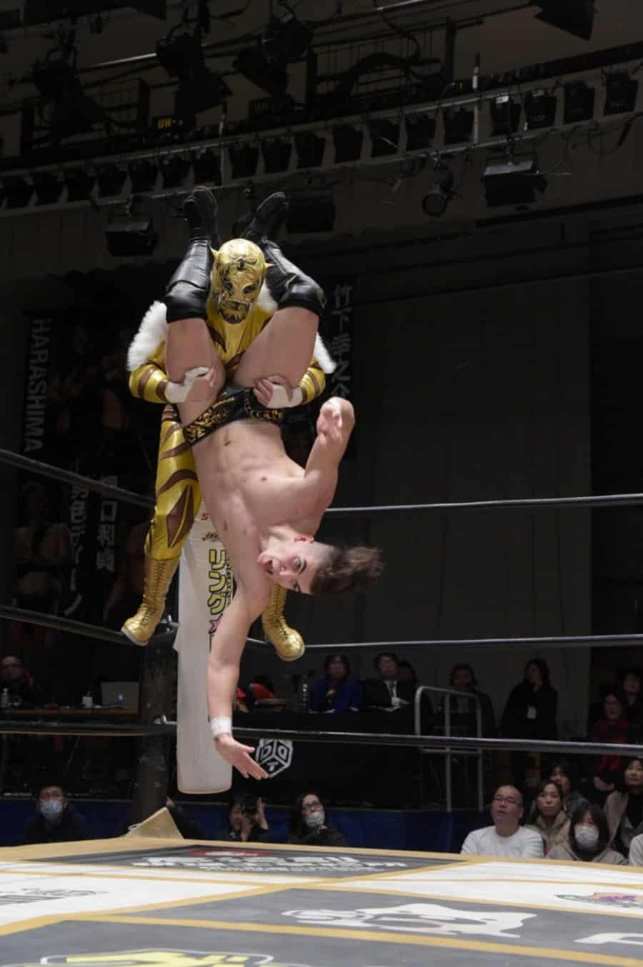 "DDT: ""D-King Grand Prix 2019"" Konosuke Takeshita es el ganador 4"