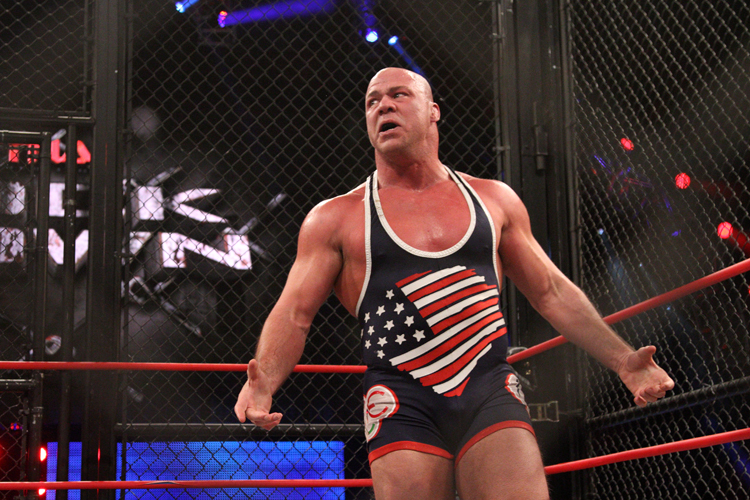 Kurt Angle vs. Samoa Joe esta noche en Raw 1