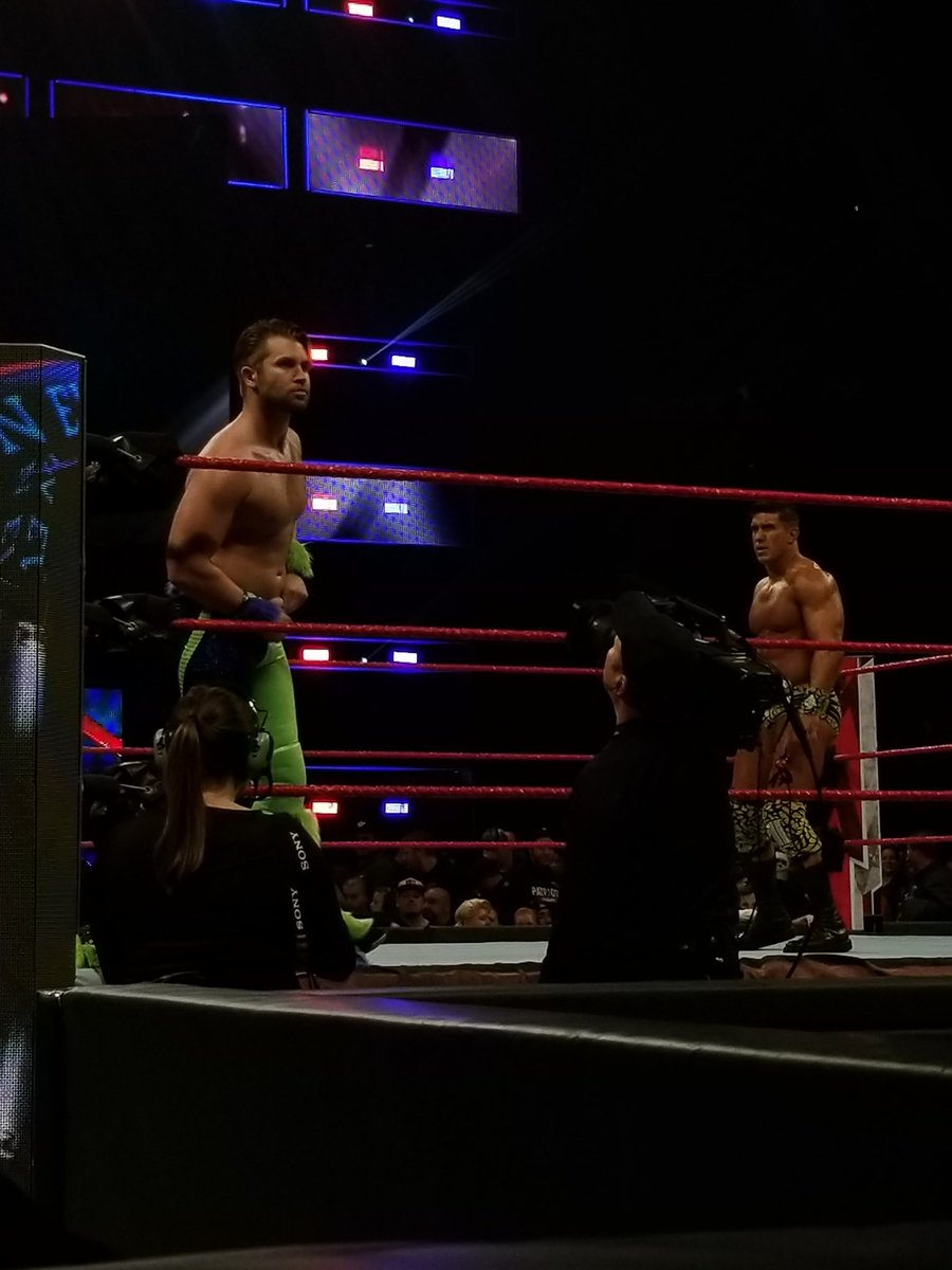 Nuevo look de Tyler Breeze vs. EC3 en WWE Main Event (25/03/2019) / RingsideNews.com