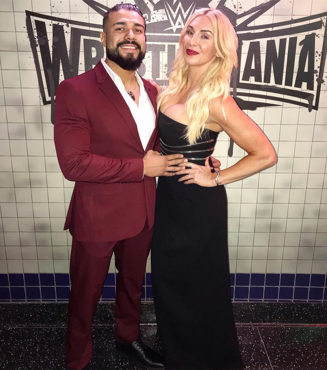 Andrade y Charlotte Flair en New York, New York (05/04/2019) / Instagram.com/CharlotteWWE