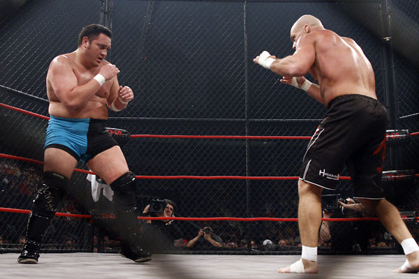 ¿Dónde tuvo Kurt Angle sus mejores luchas: WWE o TNA? 7