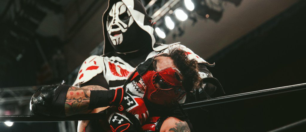 HIGHLIGHTS: LA PARK vs Pentagon Jr en el evento Rise of the Renegades en MLW 26