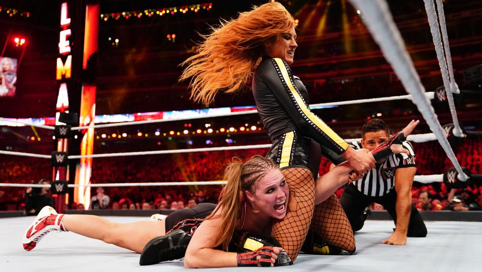 Becky Lynch invita a Ronda Rousey a regresar a WWE 1