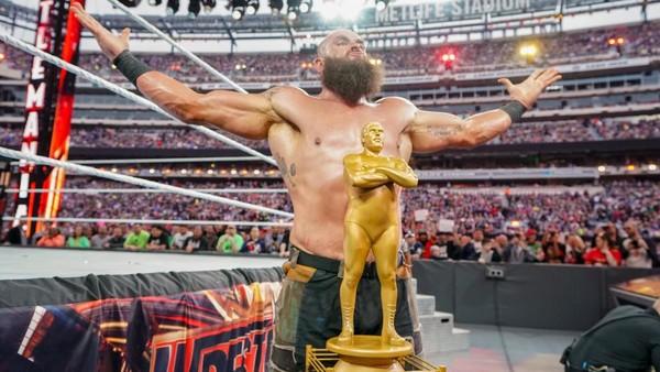 Strowman campeón