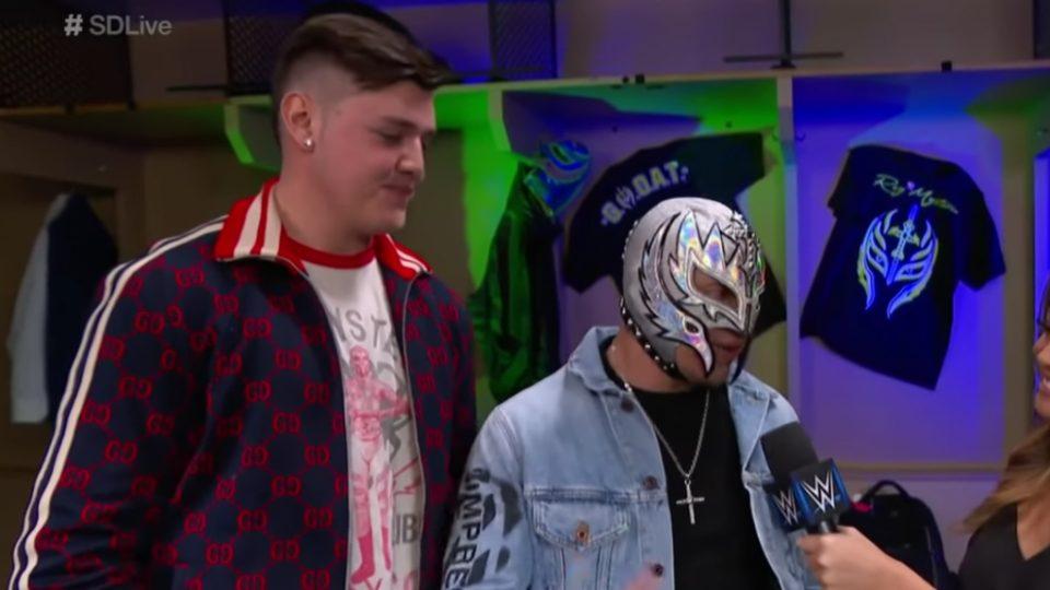 Dominik amenaza a Seth Rollins