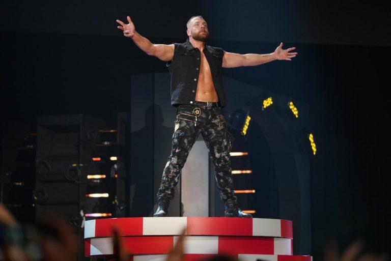 Jon Moxley se enfrentará a un ex-WWE en AEW 1