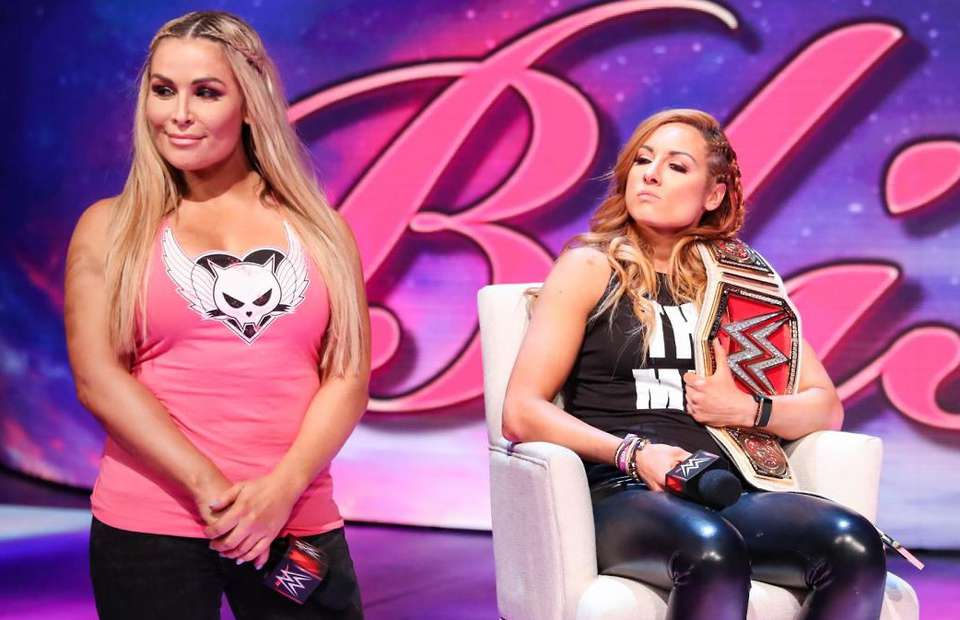 "Natalya insulta a Becky Lynch llamándola ""perra egoísta"" 1"