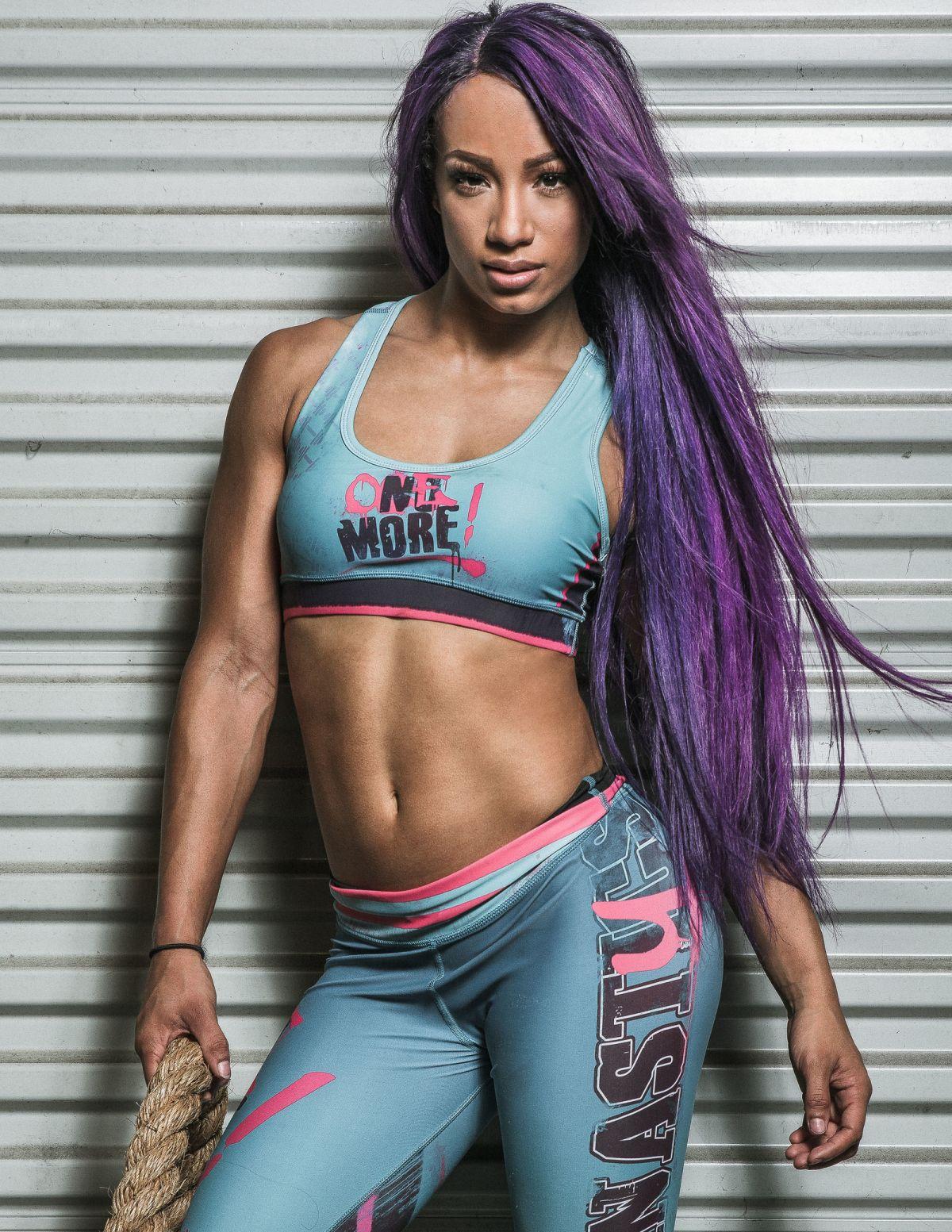 Sasha Banks vs Bayley