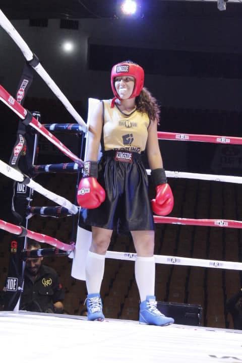 Boxeadora tapatía avanza a la final del torneo Boxing Golden Gloves 2