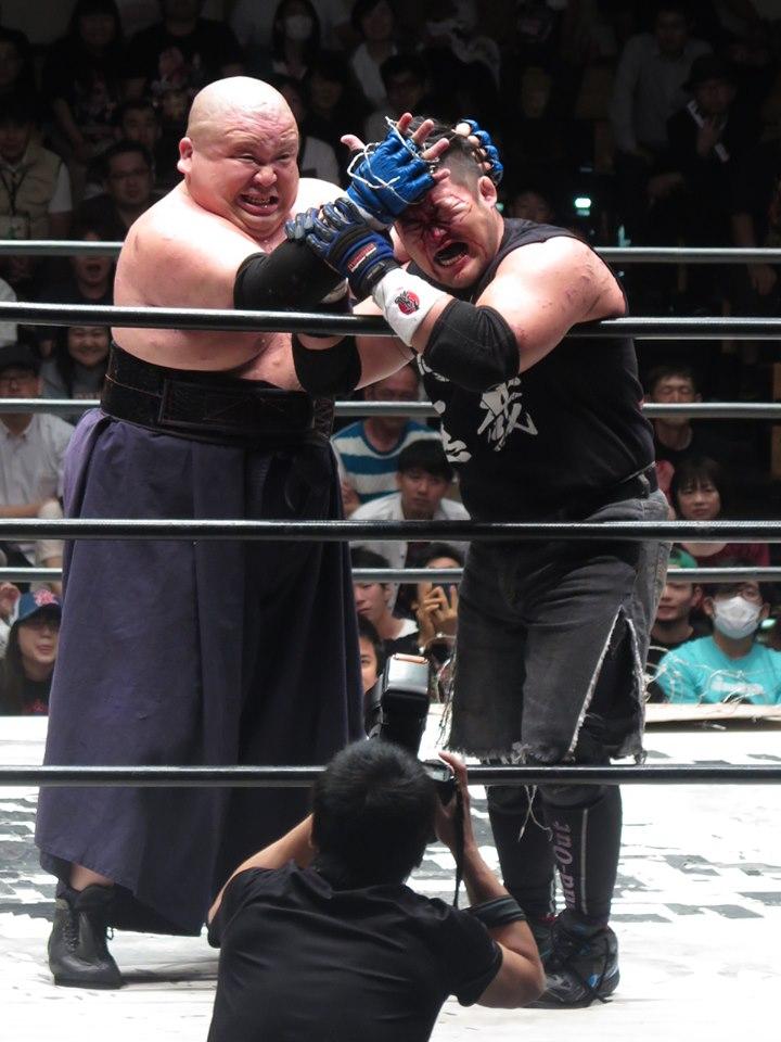 BJW: TAJIRI defiende su cinturón en el Korakuen Hall 4