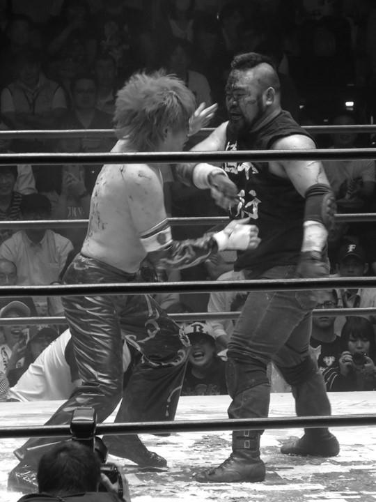BJW: TAJIRI defiende su cinturón en el Korakuen Hall 5