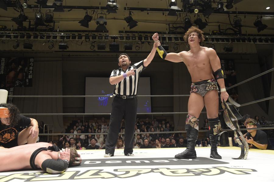 """DDT: """"Summer Vacation 2019"""" Konosuke Takeshita defiende su cetro 8"""