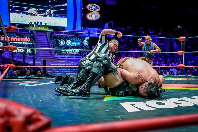 CMLL: Dalys, finalista al Campeonato Universal, Guerrero retiene 7