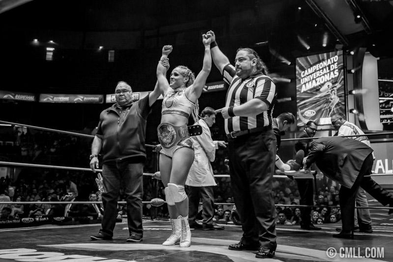 CMLL: Dalys se corona como la primer Campeona Universal de Amazonas 2